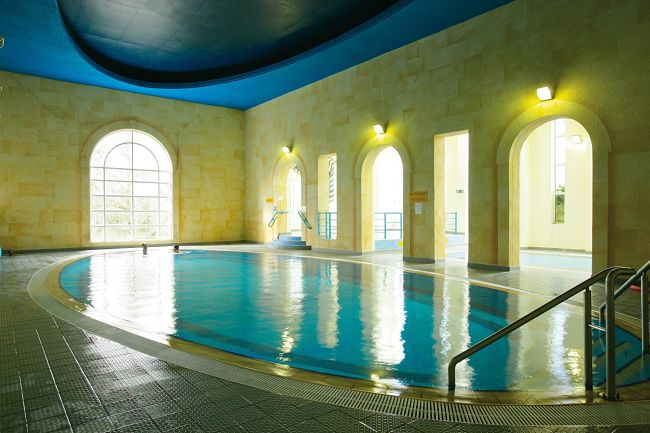 Twin Trees Hotel and Leisure Club Ballina Downhill Hotel Swimming Pool_opt