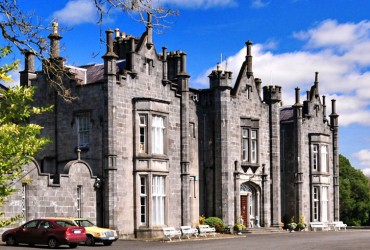 Belleek Castle Ballina Co. Mayo castles in Ireland