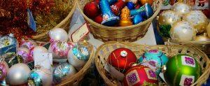 Sale of Christmas toys