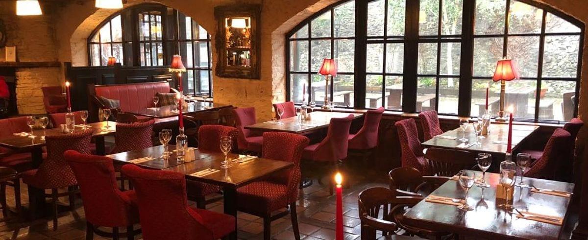 Dillons Bar and Restaurant Ballina Co. Mayo interior