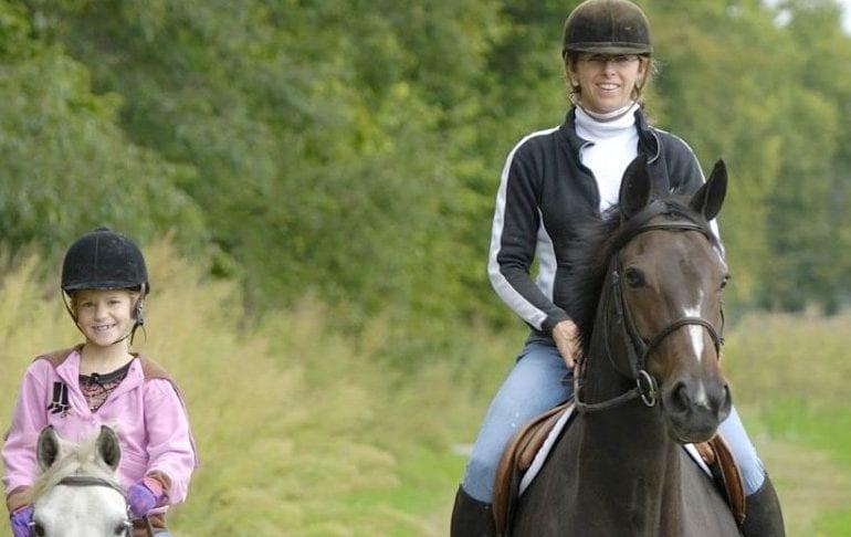 Iceford Stables, Ballina - horseriding and pony trekking in Ballina, Enniscrone, Mayo
