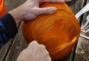 Samhain Abhainn Pumpkin carving