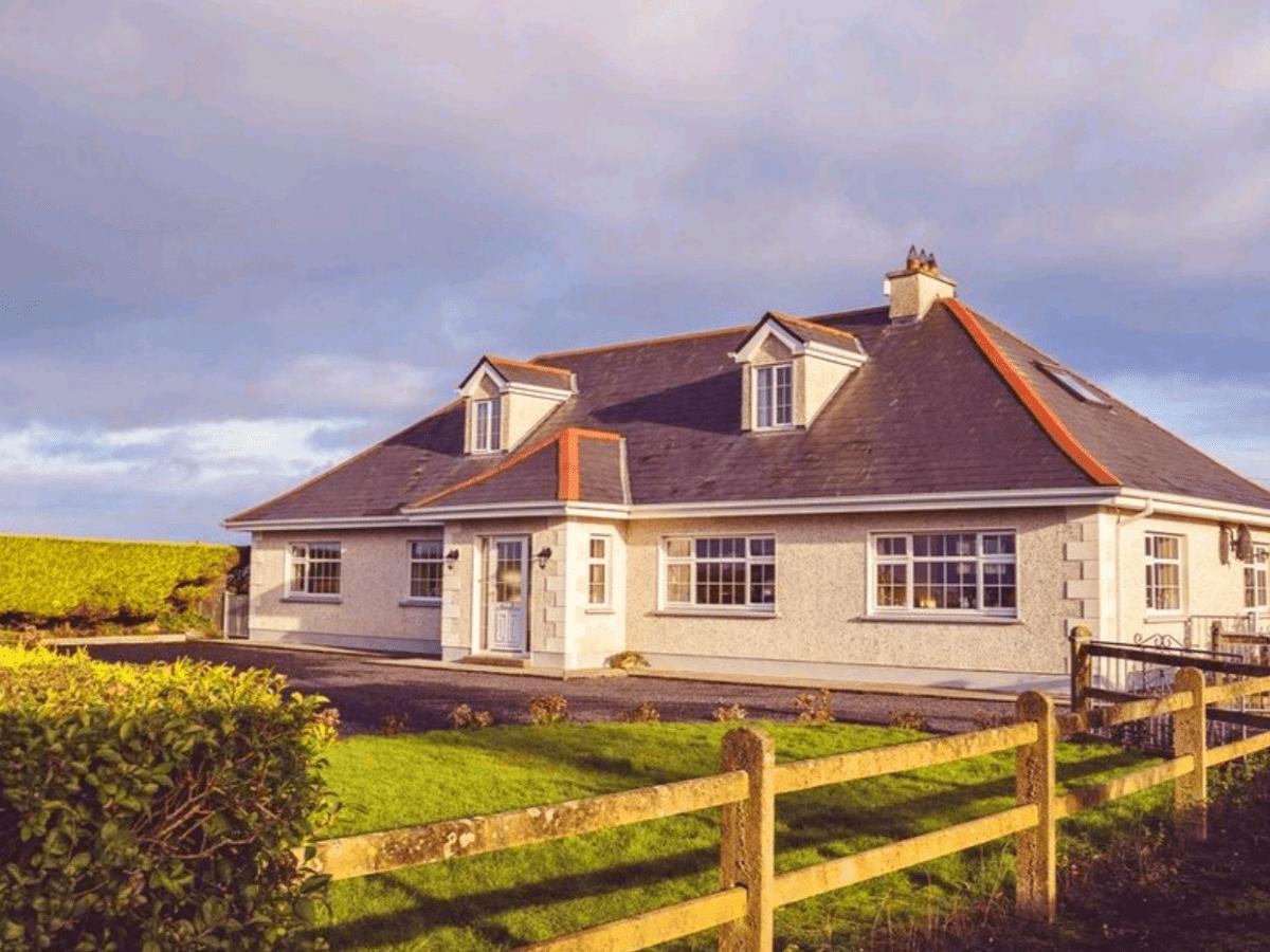 Ross Beach Family Farmhouse B&B Killala, Co. Mayo, Ireland
